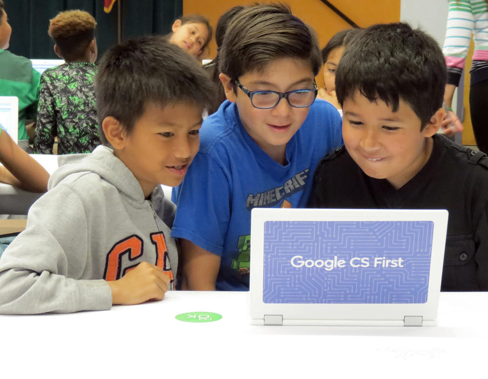 Smith Students at Google CS First Roadshow